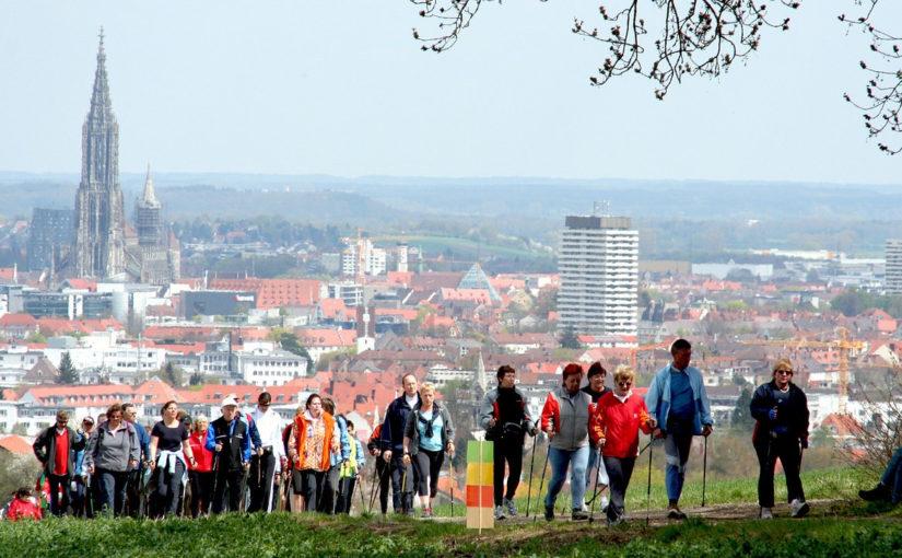 Hogyan segíthet az egészségügyi problémáidon a nordic walking?